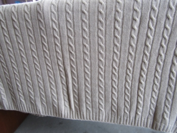 Knitted Cashmere Cable Blanket